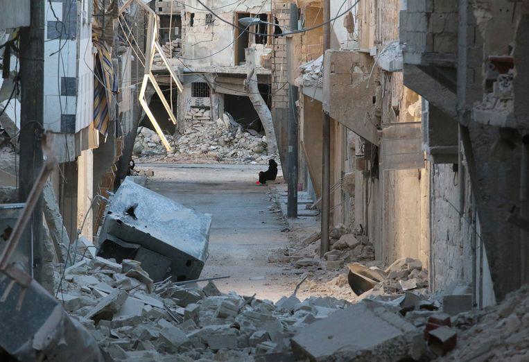 De zwaar getroffen door rebellen bezette wijk al-Myassar in Aleppo Beeld reuters