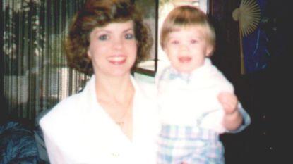 """""""Papa heeft haar pijn gedaan"""": niemand geloofde Aaron (3) tot hij 21 jaar later het lichaam van zijn moeder opgraaft in de achtertuin"""