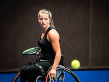 Alphense Lizzy gaat voor top van rolstoeltennis: 'Mijn handicap beperkt mijn leven niet'
