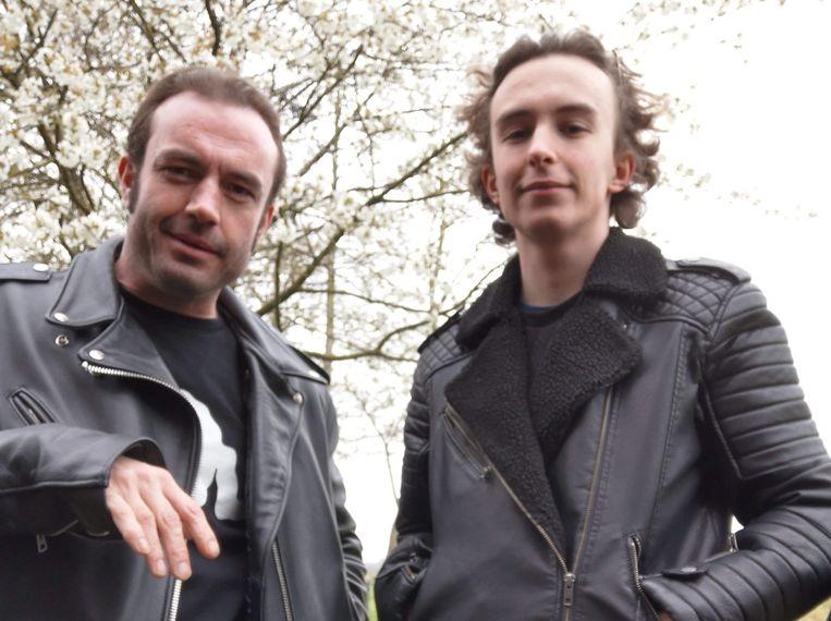 Slachtoffer Siegfried Vandewiele (39) drong er vorig weekend nog op aan om een foto te maken met zijn zoon Armin (18).