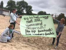Fanclub en ouderwets bemoedigende tik voor triatleten in Gendt