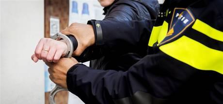 24-jarige uit Elst in nek gestoken met glas tijdens stappen in Arnhem