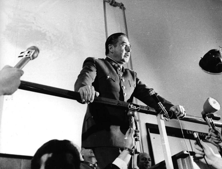 Generaal Pinochet in 1974. Beeld ap