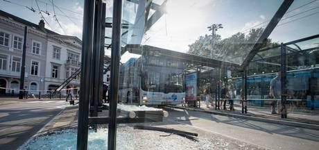 Botsende bussen op Willemsplein raadsel voor Connexxion