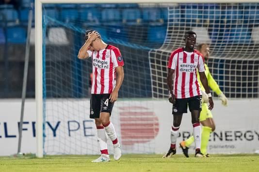 PSV ging ten onder tegen het nietige Osijek.