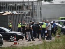 Grote controle in Zuilichem: uitzenders hebben vervoer arbeiders naar Dutch Berries niet op orde
