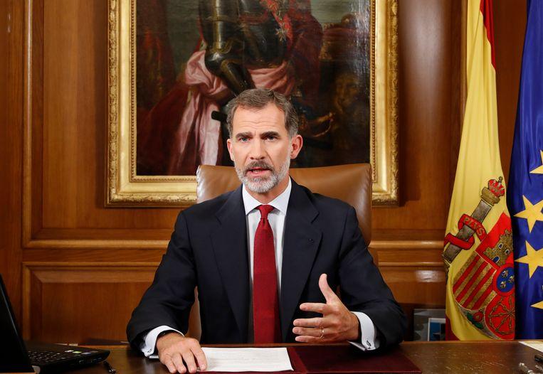 De Catalaanse autoriteiten hebben zich 'buiten de wet en de democratie' geplaatst, concludeerde koning Felipe VI. Beeld EPA