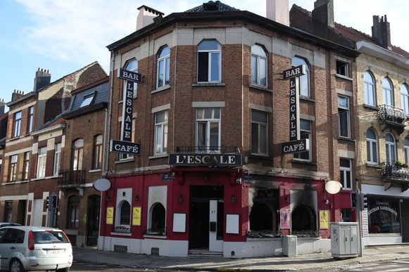 Brand bar L' Escale in Anderlecht.