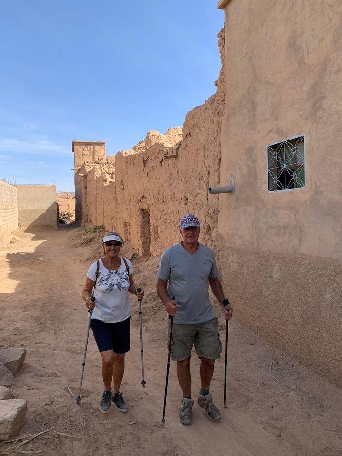 Otto en Marianne de Goeij aan de wandel in Marokko.