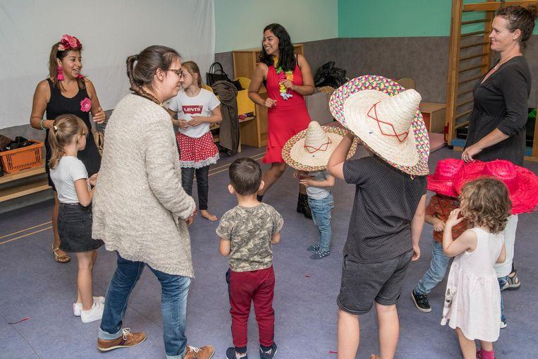 Tijdens het kinderatelier was er een dansinitiatie.