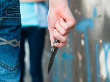 Man bedreigt eigenaar cafetaria in Raamsdonksveer met mes