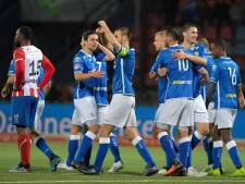 Den Bosch viert vier treffers in met vuurwerk ontsierde derby tegen TOP Oss