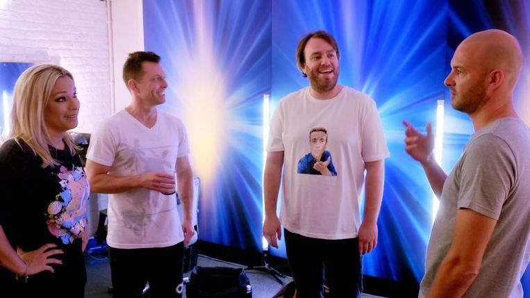An, Dan en Stan ontdekken dat Jens hen zal vervoegen aan de jurytafel.