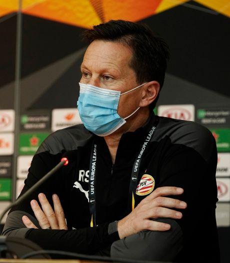 Schmidt beslist pas zondag over PSV-basis tegen ADO: 'Spelers worden in deze tijd zelfs uit het vliegtuig gehaald'