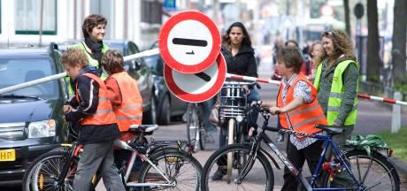 Veilig Verkeer Nederland wil vrachtwagens weren van schoolroutes