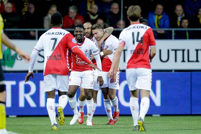 FC Utrecht juicht na weer een goal tegen VVV-Venlo, dat met liefst 2-6 klop kreeg afgelopen woensdag.