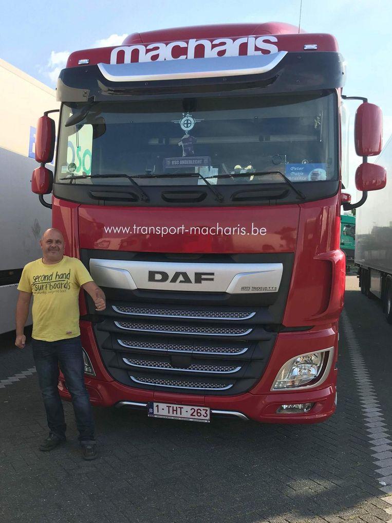 Peter Schockaert uit Wieze rijdt al 26 jaar met een vrachtwagen.