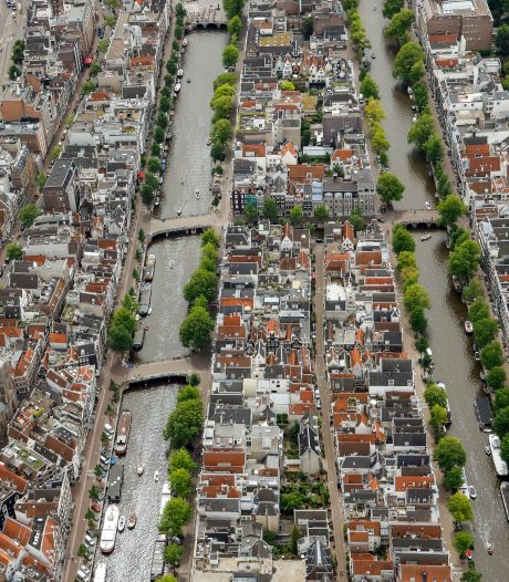 Piloot wil rondje boven Amsterdam vliegen, maar wordt tegengehouden: 'Dan wordt iedereen wakker'