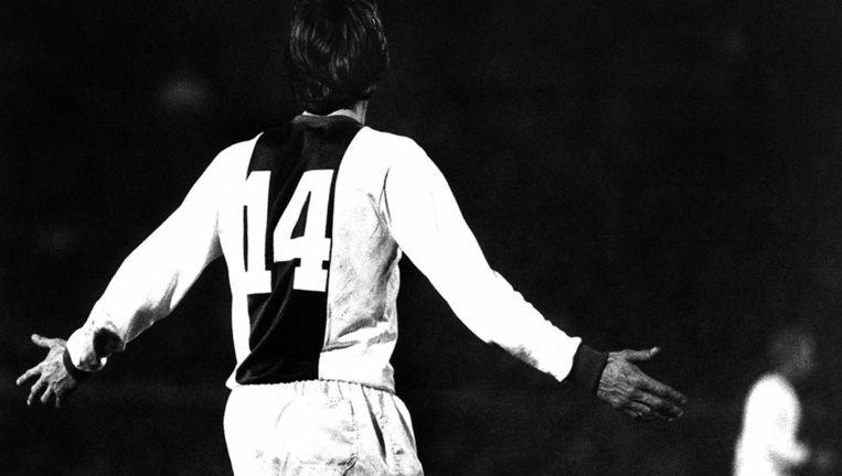 Nummer 14 is bij Ajax voor altijd gereserveerd voor Johan Cruijff Beeld anp