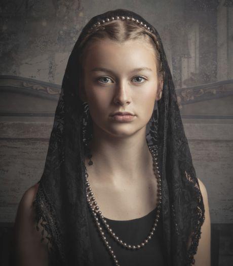 Tess (16) hangt levensgroot in Siena: 'Ik wist niet wat ik moest zeggen...'