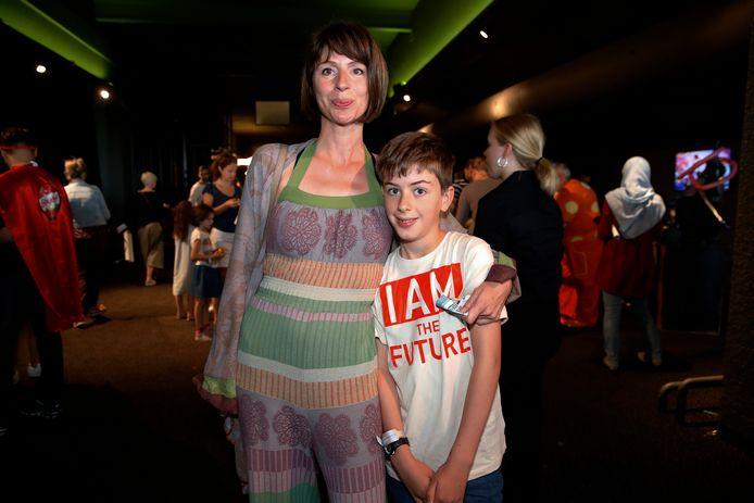 Ingrid Van Rensbergen en zoon Mil