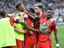 PSG pakt Franse beker na bizarre slotfase