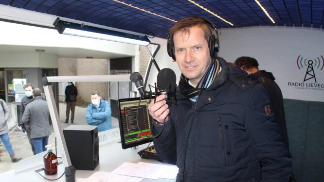 """Burgemeester Tony Vermeire na 20 jaar nog eens radiopresentator: """"Ik waande mij weer op de legendarische kerstmarkt van Waarschoot"""""""