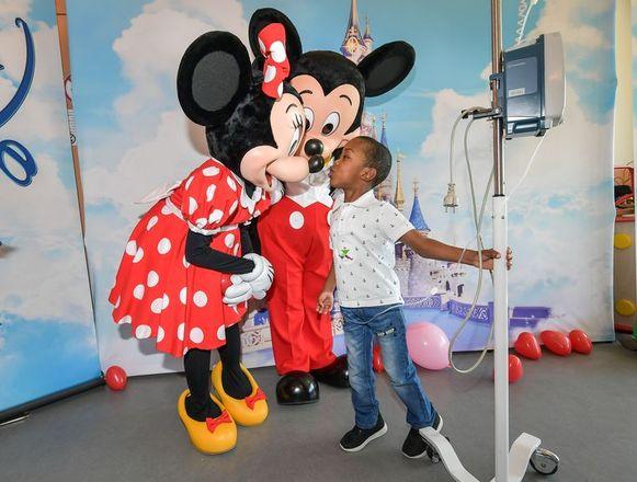 Mickey en Minnie bezoeken het Universitair Kinderziekenhuis Koningin Fabiola.