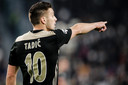 Dusan Tadic verruilde de Premier League voor een avontuur bij Ajax.
