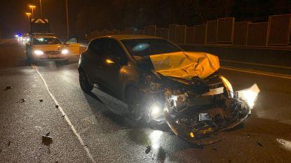 Eén gewonde bij ongeval op E40 aan werken afrit in Loppem