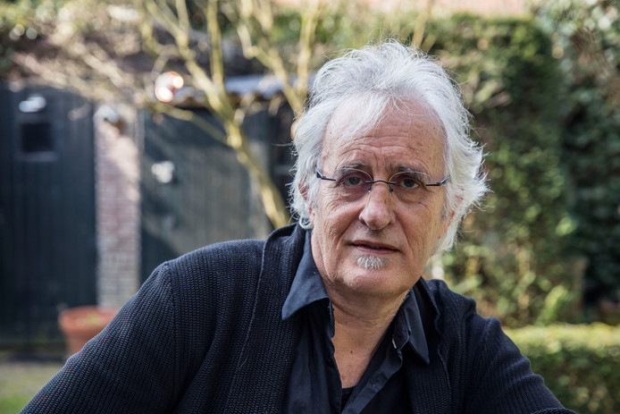 Jan-Willem van den Enden heeft zijn drieluik over het fictieve dorpje Braemdonck, tussen Helmond en Eindhoven, voltooid.