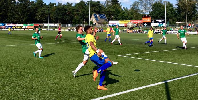 FC Lisse probeert gevaar te stichten in de Harderwijkse zestien.