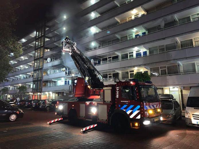 Er is veel rookontwikkeling in de flat aan de Rudolf Steinerstraat in Haarlem.
