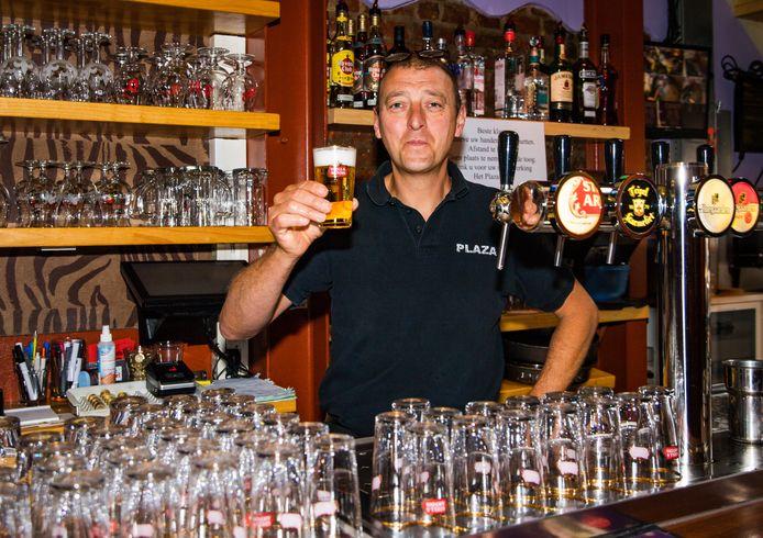 Karim Benjelloun, cafébaas van de Plaza