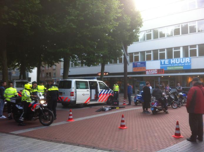 De politie controleerde onder andere op het Burgemeester Loeffplein in Den Bosch