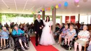 Bruidsdefilé door de jaren heen in woon-zorgcentrum De Zwaluw