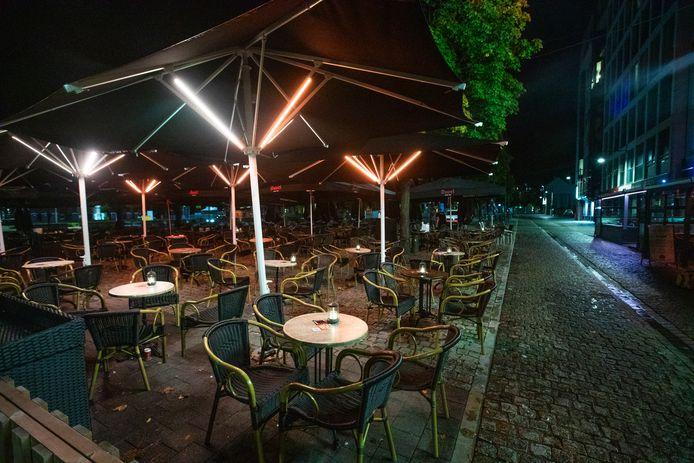De sluiting van café Koestal om 23 uur.