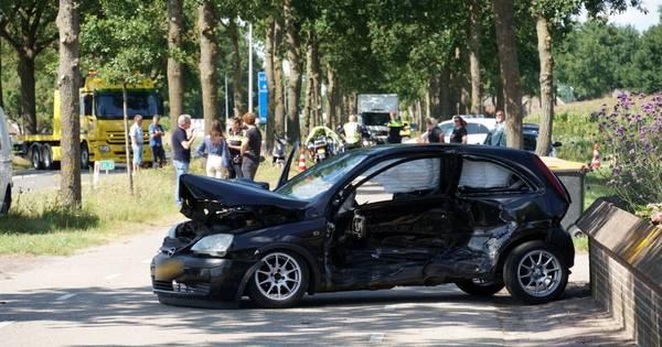 Twee gewonden bij ernstig ongeval op N337.