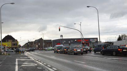 """""""Heraanleg kruispunt Tramstatie zou eerste prioriteit moeten zijn voor AWV in Ninove"""""""