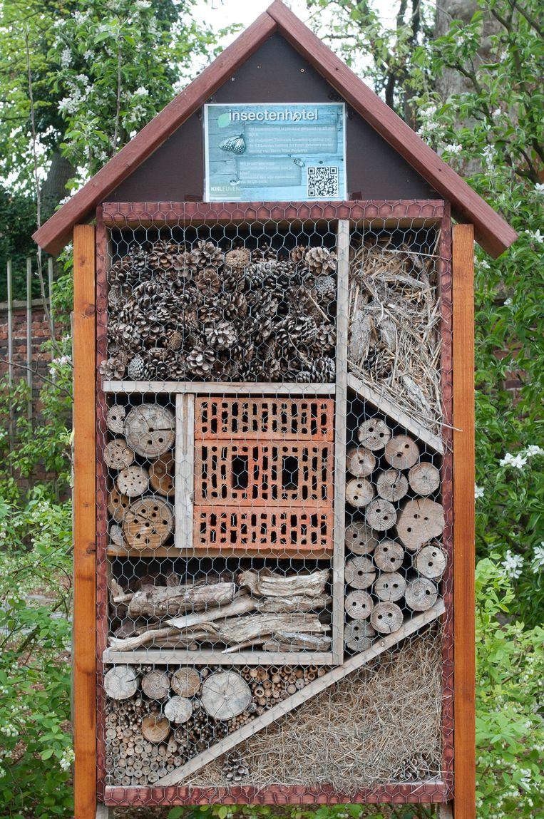 In de gemeentelijke boomgaard Terjansdelle staat al een eerste bijenhotel.