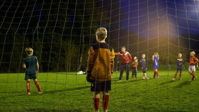 Alle competitiewedstrijden in jeugdvoetbal stopgezet