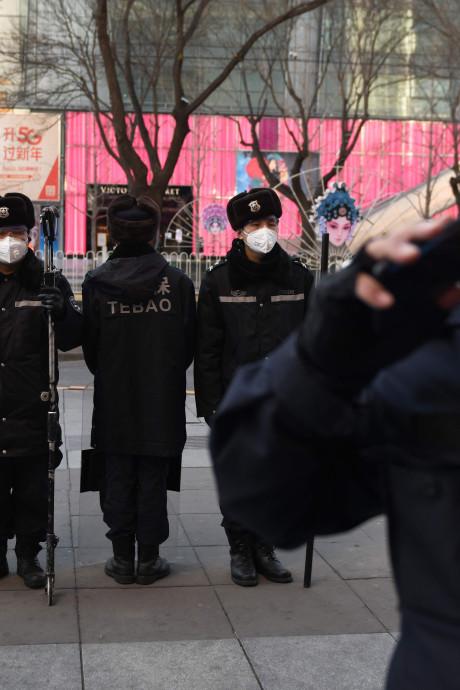 Hoofd van ziekenhuis Wuhan overleden aan virus, aantal doden stijgt naar 1868