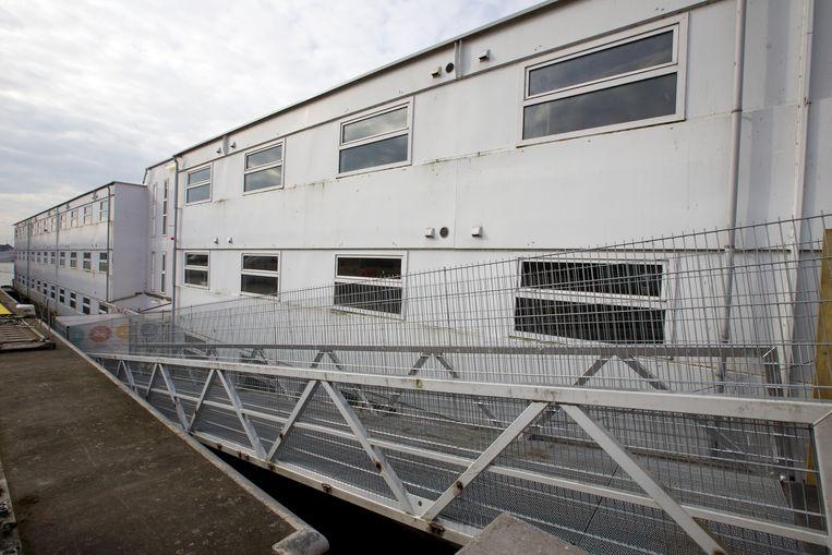 Het renoplatform deed tot 2017 dienst als asielboot in Gent.