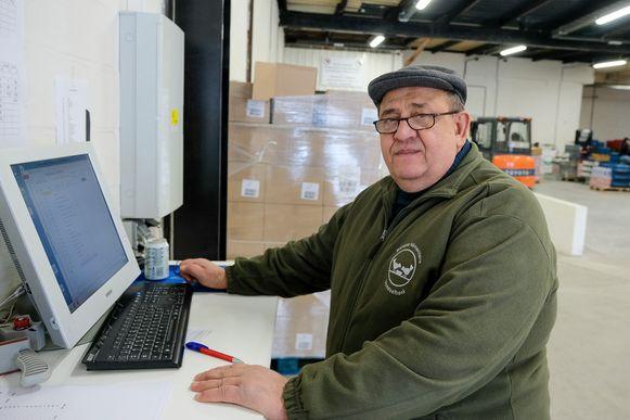 Vrijwilliger Marcel Badarau.