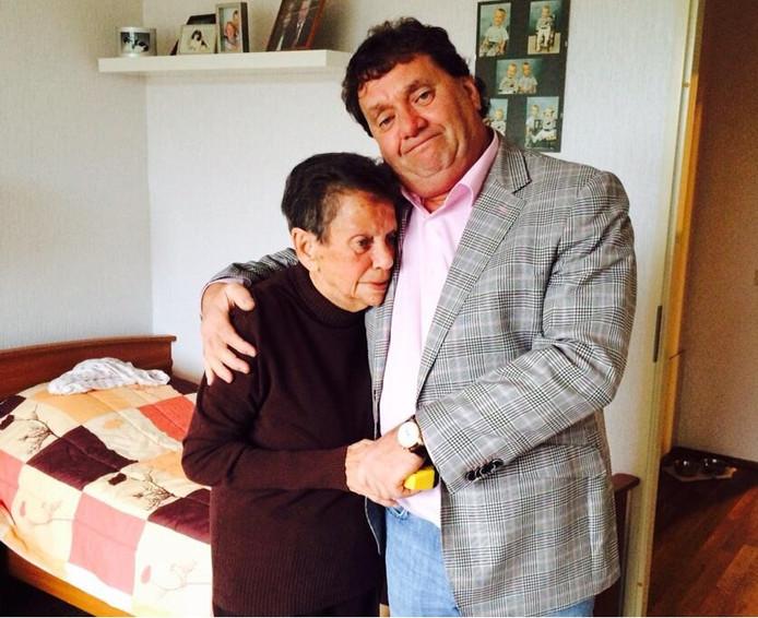 Maria Paternoster-Nagelkerken (79) was een van de slachtoffers van de vermeende insulinemoordenaar Rahiied A. Paternoster-Nagelkerken woonde in De Wetering in Rotterdam.