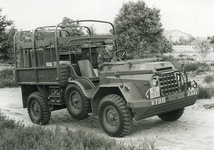 De DAF YA 216.