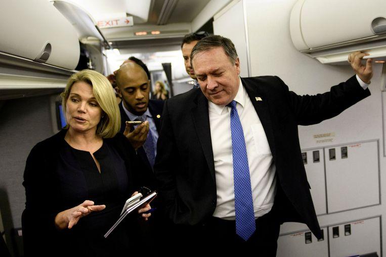 Heather Nauert (links) heeft naar verluidt een goede band met de Amerikaanse minister van Buitenlandse Zaken Mike Pompeo.