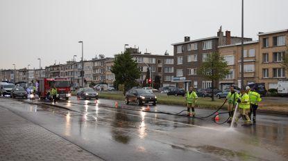Bisschoppenhoflaan in Deurne voor zevende keer in twee jaar tijd onder water door waterlek