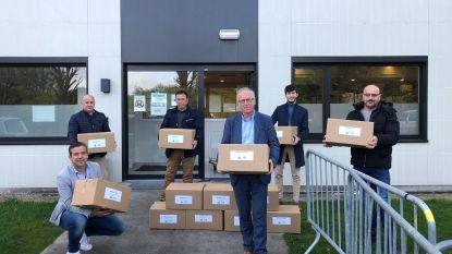 """Multicultureel centrum De Parel schenkt voedselpakketten aan sociale kruidenier: """"We willen de meest kwetsbaren in de maatschappij steunen"""""""