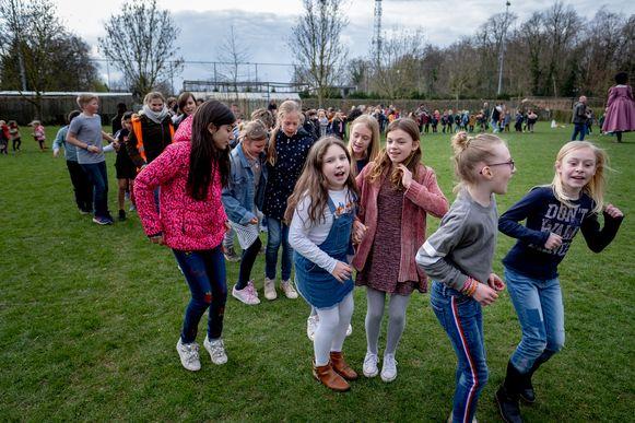 De leerlingen hadden een Reuzendans voorbereid.